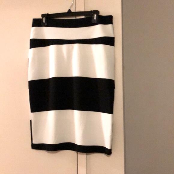 Lu aka Roe skirt